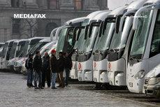 500 de autocare BLOCHEAZĂ Bucureştiul. Transportatorii de la COTAR nu se înţeleg cu cei de la UNTRR