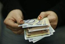 CREDITE CU DOBÂNDĂ ZERO, garantate de stat: Află dacă te încadrezi şi ce poţi face cu banii