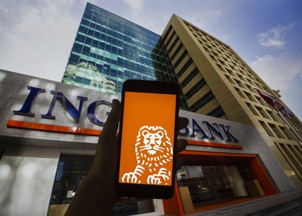 toate casieriile fizice ale ING Bank se închid. Tranzacţiile se pot face online