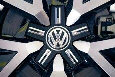 Cum vor politicienii SĂ CONVINGĂ Volkswagen să vină în Galaţi şi Brăila, unde nu e NICI autostradă, NICI aeroport
