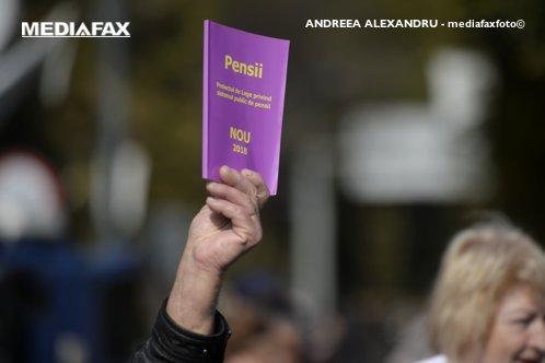 EPITAF pentru PILONUL II de pensii. Cum rămân românii FĂRĂ o pensie decentă