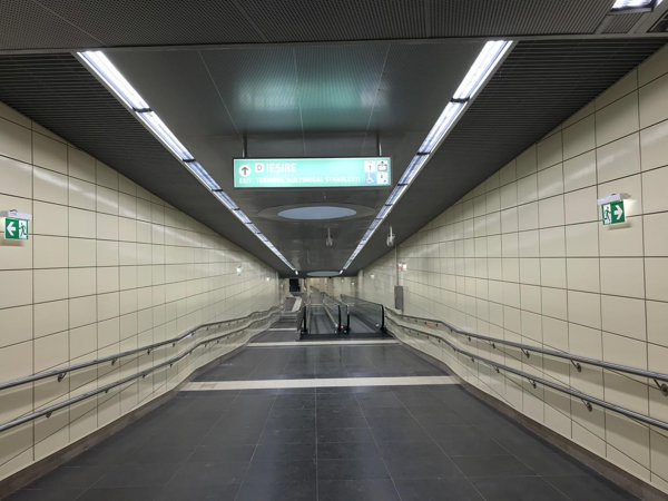 Metrorex vrea să introducă abonamente pentru parcarea goală de la Străuleşti