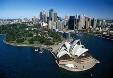 Te-ai săturat de România ? Vezi cum poţi să emigrezi în Canada, Australia sau Noua Zeelandă!