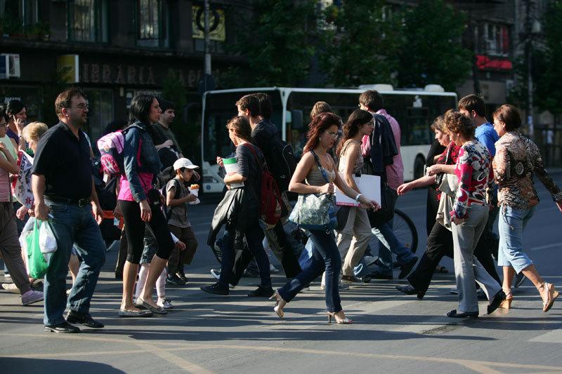 Scade numărul de şomeri, dar şi numărul de salariaţi. Explicaţia Guvernului: ROMÂNII SE FAC PATRONI