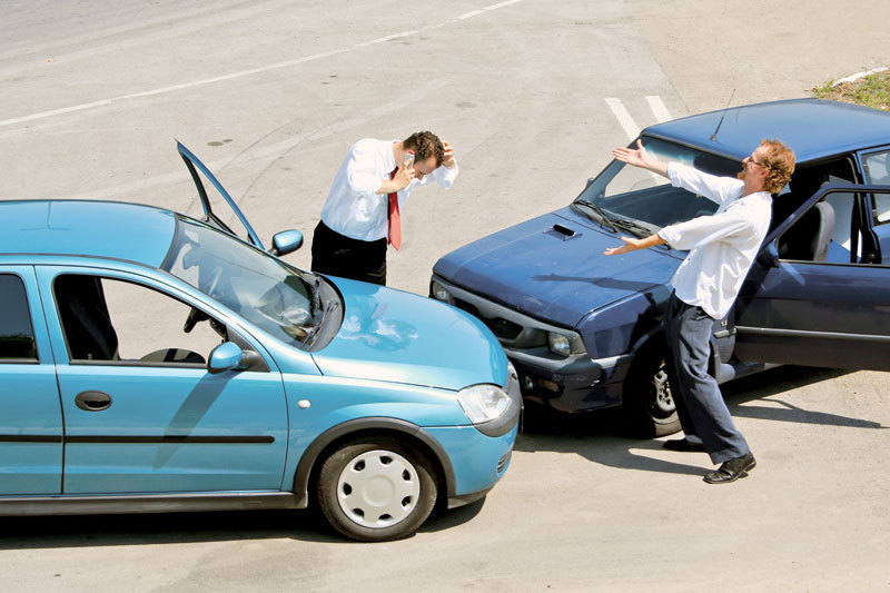 Ce trebuie să faci în cazul producerii unui accident rutier în străinătate. PLUS: Cum poţi obţine despăgubiri