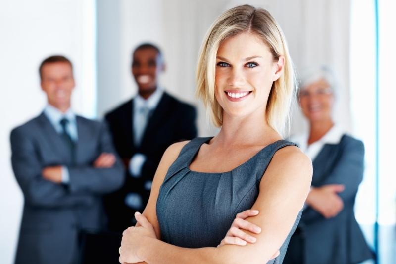 Ghidul ţinutei potrivite la un interviu de angajare. Cum să alegi vestimentaţia în funcţie de postul dorit