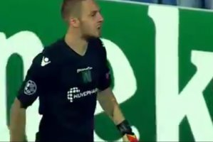 Cosmin Moţi, ELOGIAT după ce a apărat două penalty-uri în faţa Stelei şi a calificat-o pe Ludogoreţ în grupele Ligii Campionilor