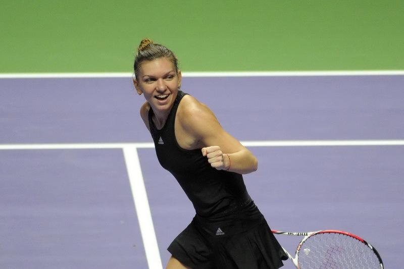 Simona Halep, JUCĂTOAREA ANULUI �n opinia fanilor din lumea �ntreagă. Serena Williams, c�ştigătoarea ''oficială''