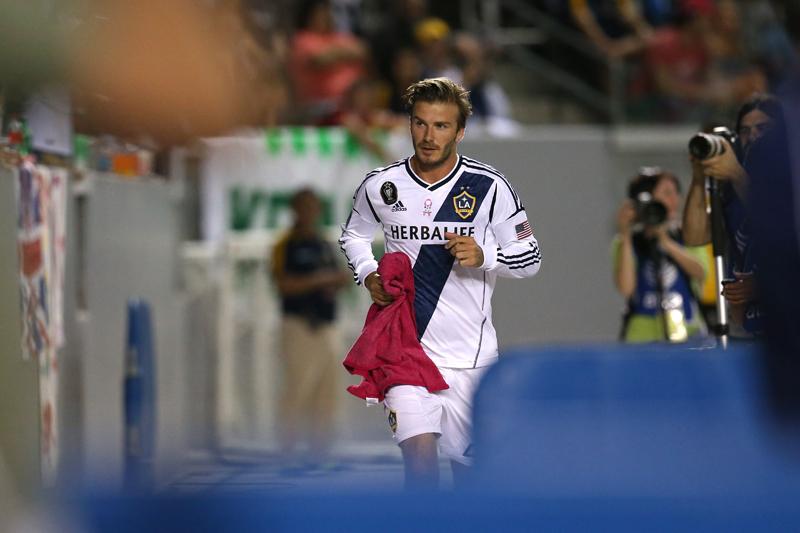 David Beckham si fiul sau Brooklyn au fost implicati �ntr-un accident rutier