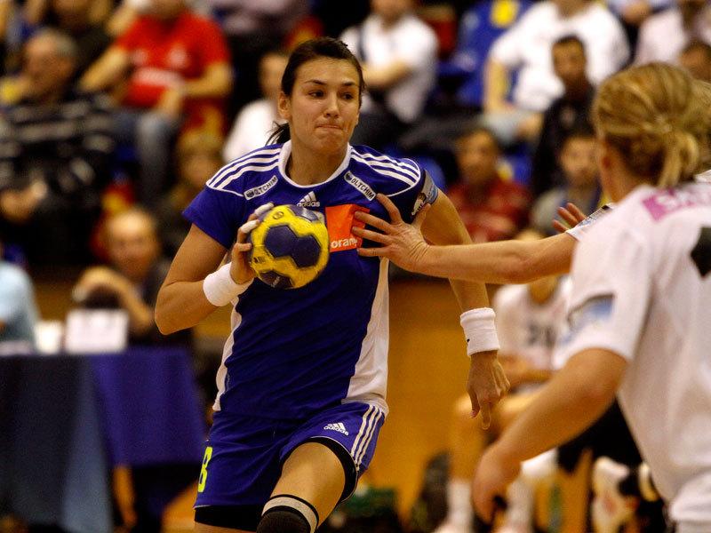 Cristina Neagu, nominalizata pentru All Star Team la Campionatul European de handbal. Votati pentru jucatoarea din Rom�nia