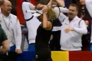 Dulgheru şi echipa României au ironizat gestul lui Bouchard de la tragerea la sorţi: ''A fost mai mult o glumă''