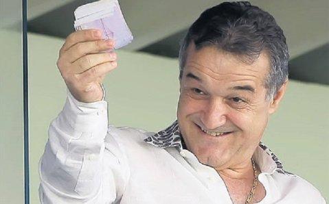 """Becali scoate banii! SUPERJUCĂTORUL care se pregăteşte să vină în Ghencea: """"Nu vreau să fiu arogant, dar doar Steaua mă poate cumpăra în România şi-mi poate da un asemenea salariu"""""""