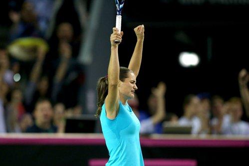 Scorul incredibil cu care Monica Niculescu a câştigat finala de la Luxemburg cu Petra Kvitova