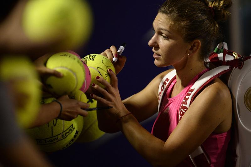 Simona Halep s-a calificat în sferturile turneului de la Sankt Petersburg. Peste cine va da