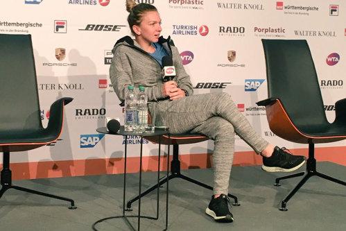 """Ilie Năstase, criticat acum şi de Simona Halep, după scandalul de la Fed Cup: """"Nu mi-a plăcut felul în care a vorbit"""""""