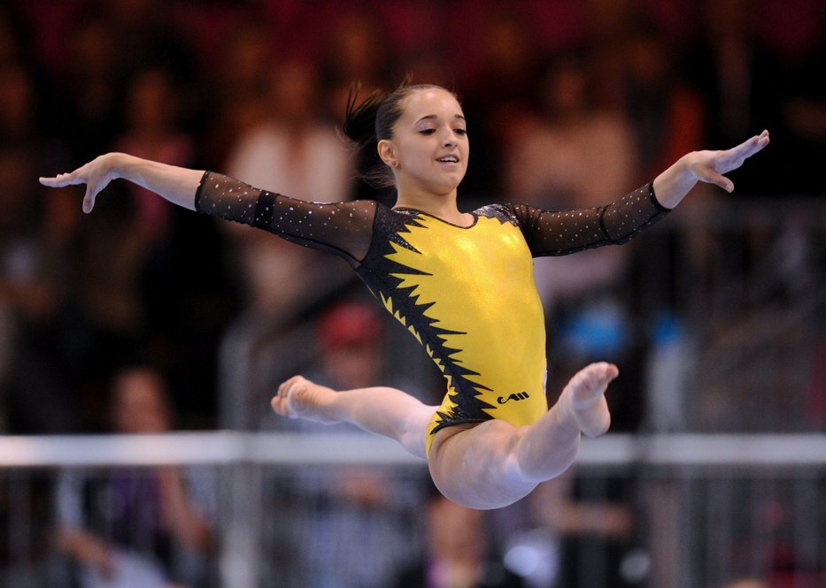 Larisa Iordache, medalie de aur obţinută la bârnă, la FIG World Challenge Cup de la Koper