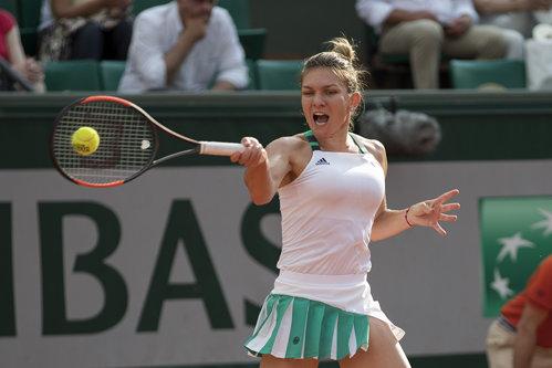 Simona Halep începe, marţi, cursa pentru locul 1 WTA. Ora de la care joacă, la Estbourne, cu chinezoaicaYing-Ying Duan. Unde se vede meciul LIVE