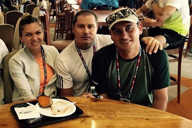 Simona Halep plăteşte la fel ca Gigi Becali. Cât câştigă antrenorul Andrei Pavel în fiecare lună: un singur fotbalist din Liga 1 primeşte mai mult