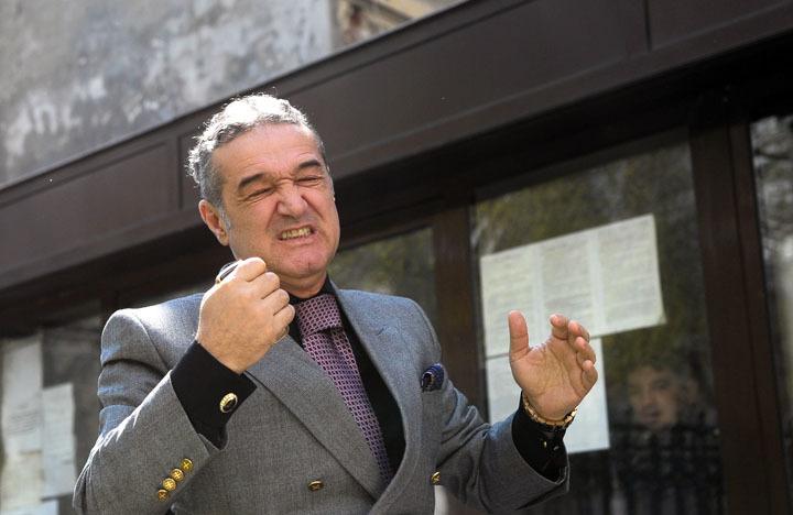 Becali anunţă sfârşitul lui Burleanu: O să ne unim tot fotbalul