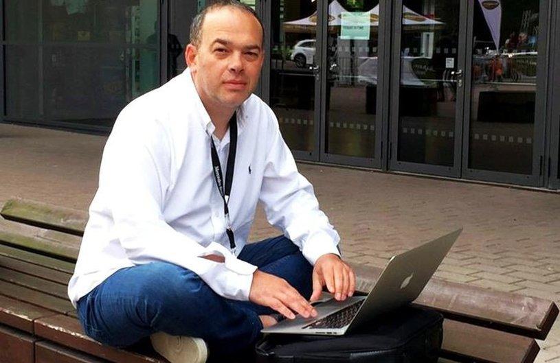 Ziaristul Valentin Damian a încetat din viaţă