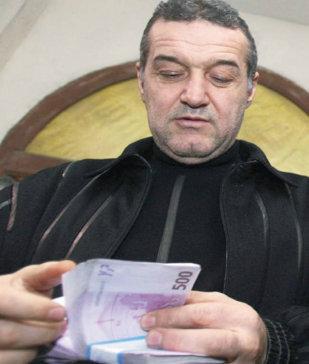 Asta e AFACEREA care-i aduce lui Becali MILIOANE de EURO. Nici nu ştia că are de primit bani, dar s-a TREZIT în cont cu o sumă FABULOASĂ!