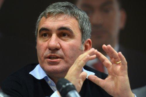 Hagi a dat lovitura: după o simplă semnătură îi intră în cont 2,5 milioane de euro
