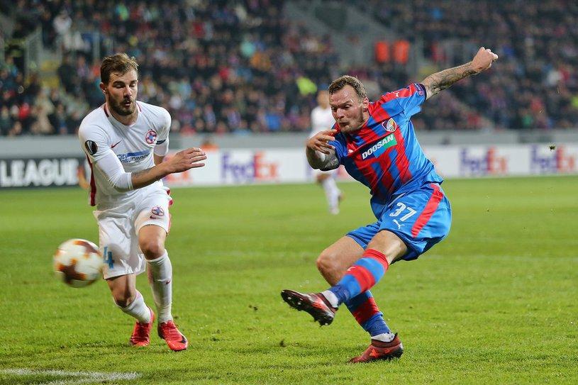 FCSB pierde cu 2-0 la Plzen folosind rezervele, dar are nevoie de titulari în ultimul joc pentru a nu ceda şefia grupei. Cum poate pierde Becali 300.000 de euro