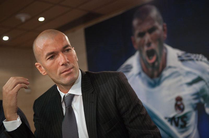 Zidane, prima reacţie după ce Barcelona a umilit Realul chiar pe Bernabeu. Ce calcule şi-a făcut francezul desprea care presa scrie că va fi dat afară