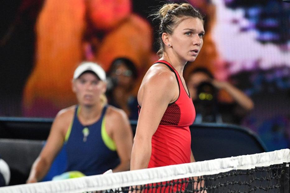 Cu doar o săptămână înainte de meciul România-Canada de la Fed Cup, Simona Halep ia o decizie-surpriză. Anunţul oficial, făcut de organizatori