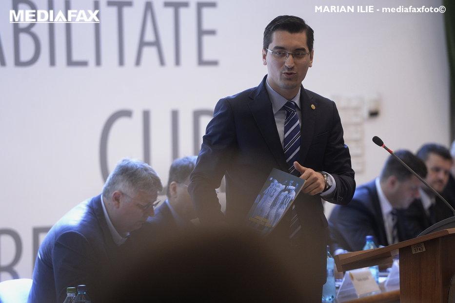 Preşedintele FRF, Răzvan Burleanu, audiat la Poliţie. De ce a fost chemat şeful Federaţiei să dea explicaţii