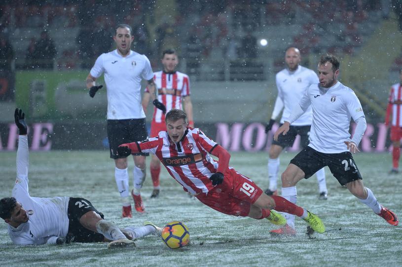 Dezastru la Dinamo: Echipa a ratat play-off-ul Ligii I. Miriuţă acceptă să fie dat afară