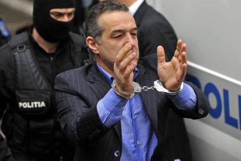 Gigi Becali, acuzaţii dure: Am fost condamnat după ce m-am certat cu Băsescu