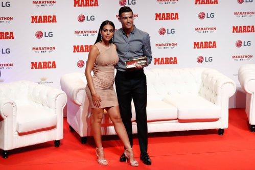 """Un fost coleg de echipă îl """"înţeapă"""" pe Cristiano Ronaldo pentru gestul pe care îl face în vestiar şi nu numai: Este un """"egocentric"""""""