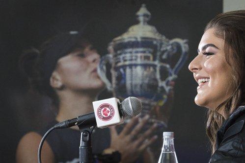 """Bianca Andreescu, discurs impresionant în faţa fanilor: """"Sunt o canadiancă mândră"""". Cui i-a mulţumit campiona de la US Open - VIDEO"""