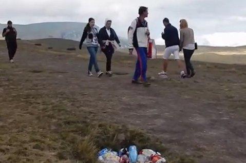 """""""Ce oameni jegoşi!"""" SURPRIZĂ extrem de neplăcută pentru turiştii care au fost în acest weekend pe platoul Bucegi"""