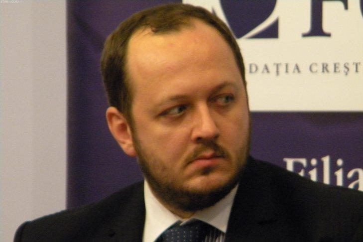 """""""Prefer ca România să fie condusă de pişicheri corupţi"""""""