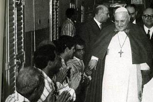 """Ioan al XXIII-lea, alintat şi """"Johnnie Walker"""""""