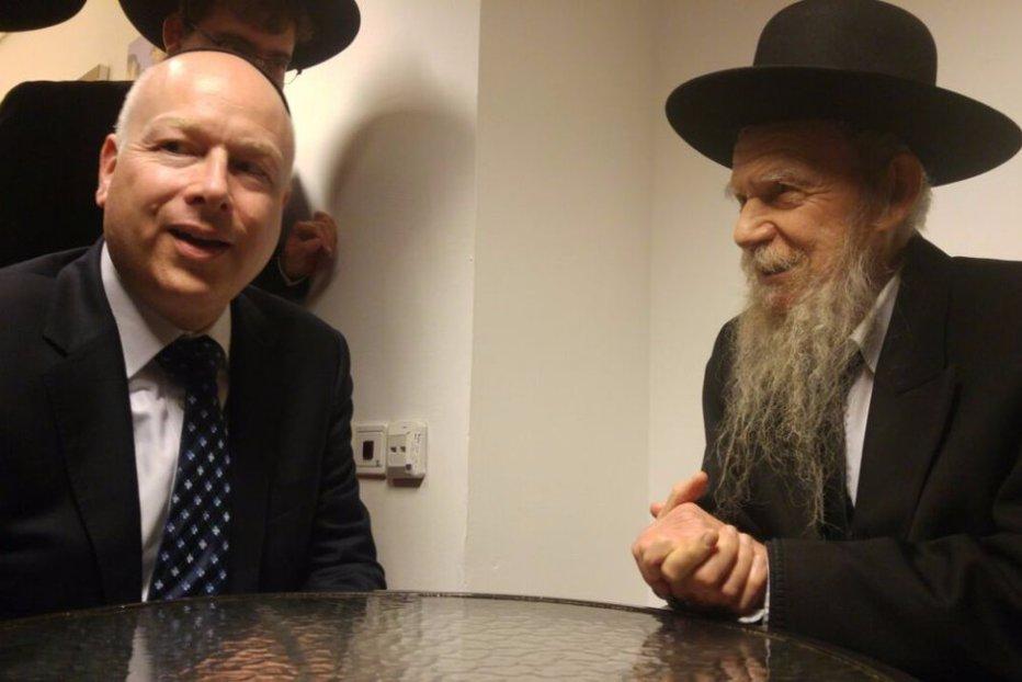 Trimisul lui Trump în Orientul Mijlociu, ultima soluţie: întreabă rabinul