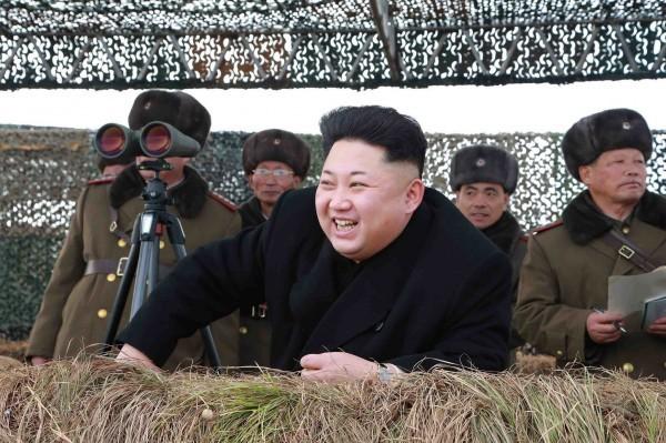 Mult zgomot pentru Jong-un