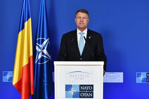 Preşedintele Iohannis, absent la summitul NATO