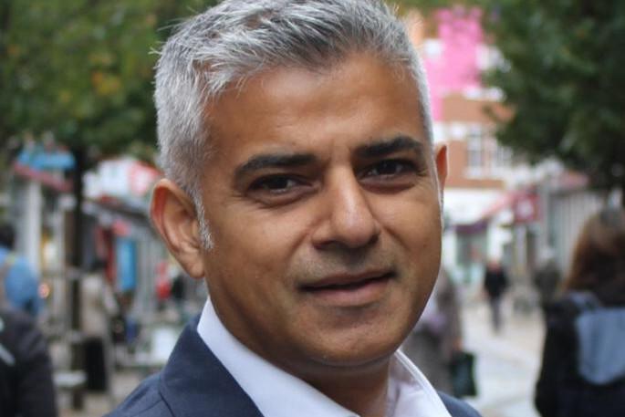 Preşedintele Trump, la gâtul primarului musulman al Londrei