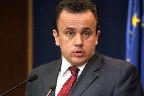 Veste bună pentru loaze: Liviu Pop, ministrul Invăţământului