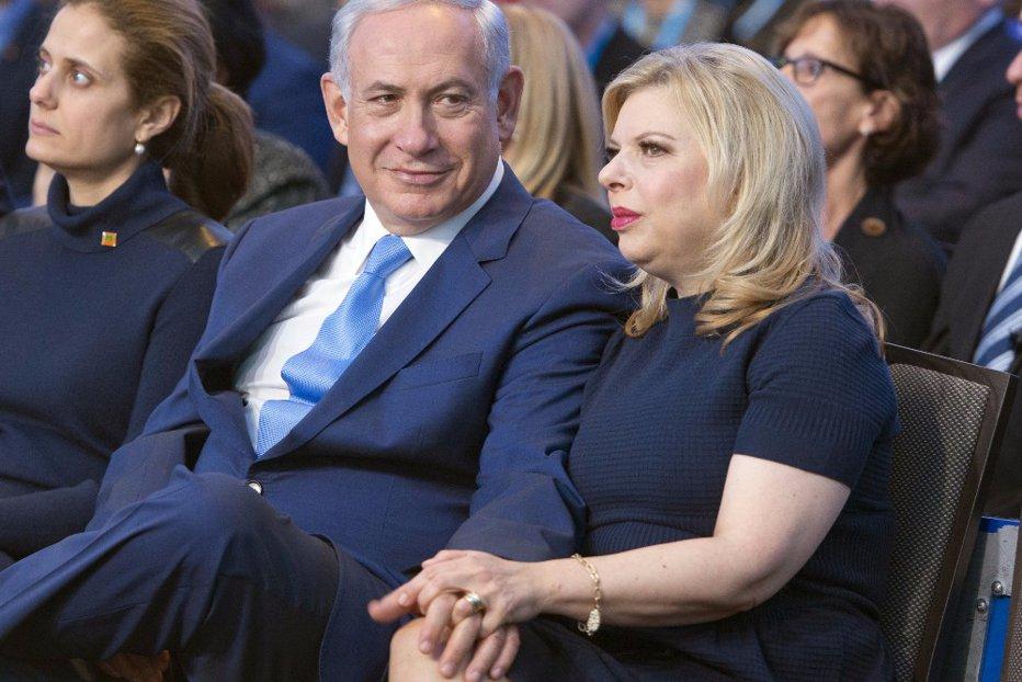 """Soţia prim-ministrului israelian, pusă sub acuzare în penibilul dosar """"Marea crăpelniţă"""""""