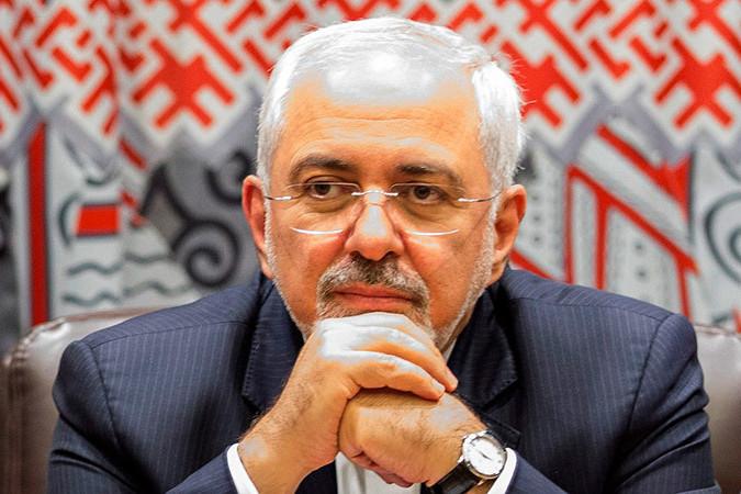 """Ministrul de Externe iranian: Noi nu cumpărăm de la americani """"minunate"""" echipamente militare de 400 miliarde de dolari"""