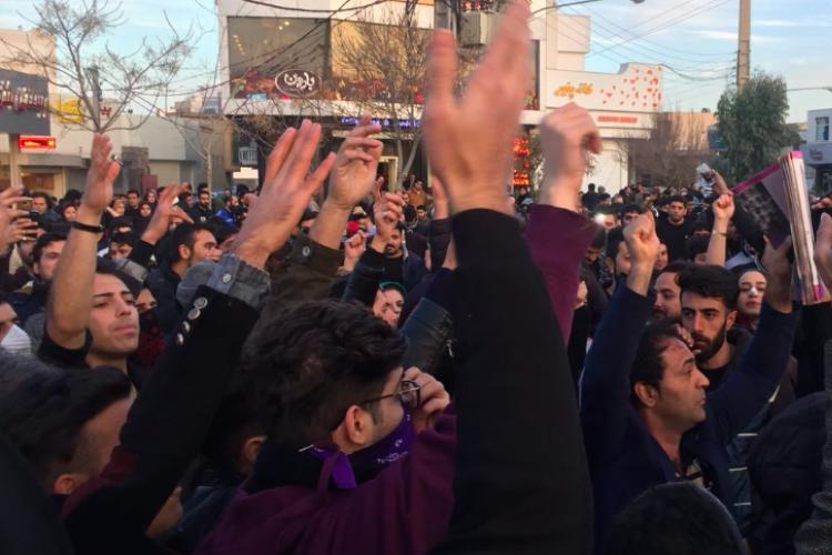 """Iran - a cincea zi de proteste. """"Mâna americanilor""""?"""