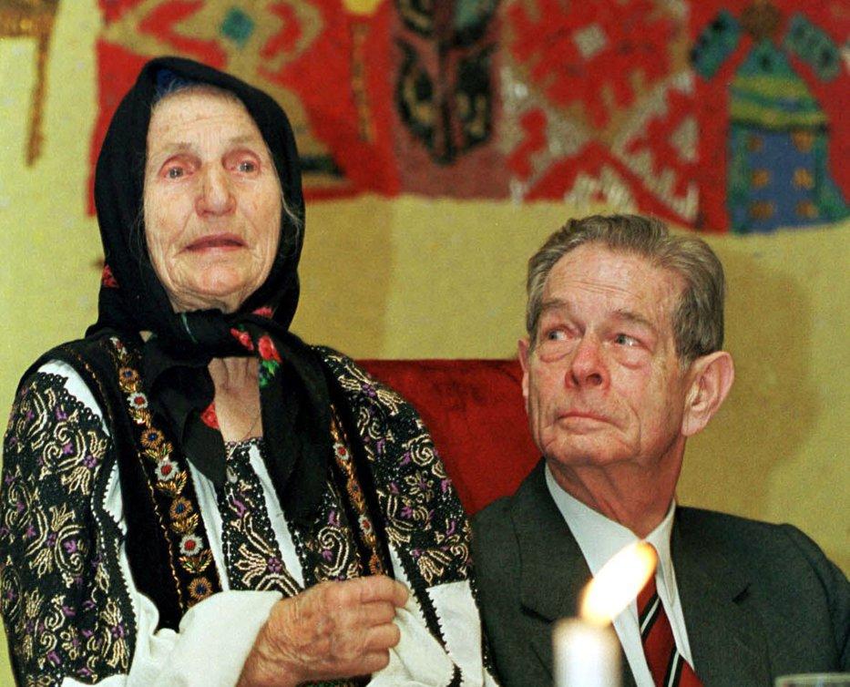 Femeia româncă. Acum şi frumoasă, şi dăşteaptă