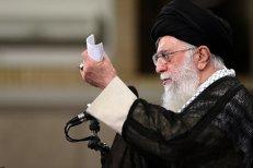 După decizia lui Trump, Ayatollahul Khamenei – sceptic şi în privinţa europenilor