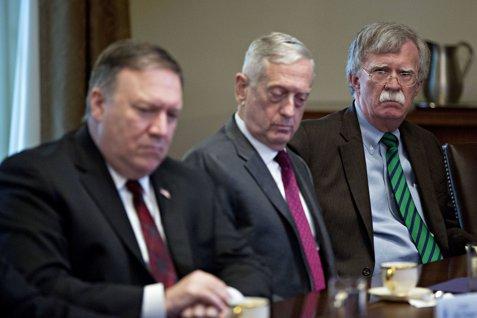 Va convinge Regele Bibi geniul stabil de la Casa Albă să pornească un război împotriva Iranului?