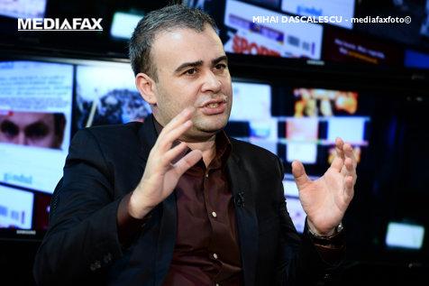 Darius Vâlcov îşi publică romanul vieţii