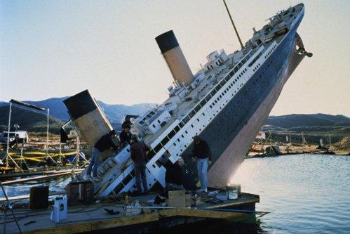 """Scenariul pentru """"Titanic"""", varianta Teleorman"""